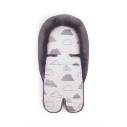 Мемори подложка за стол за кола Clouds